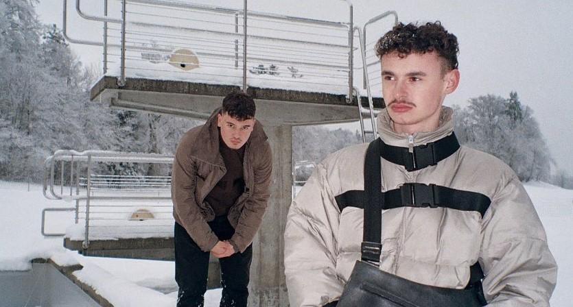 2001 - «Avantgarde»