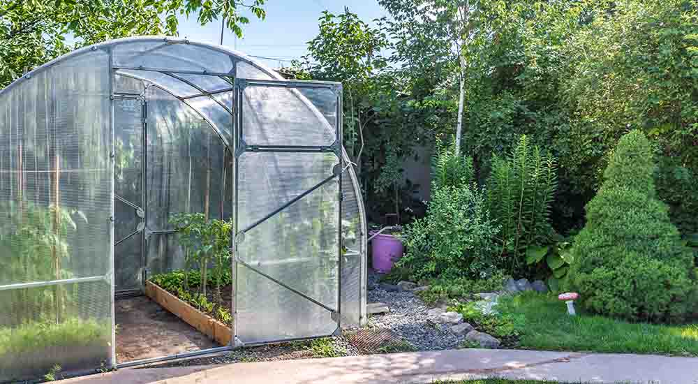 how to build a green house