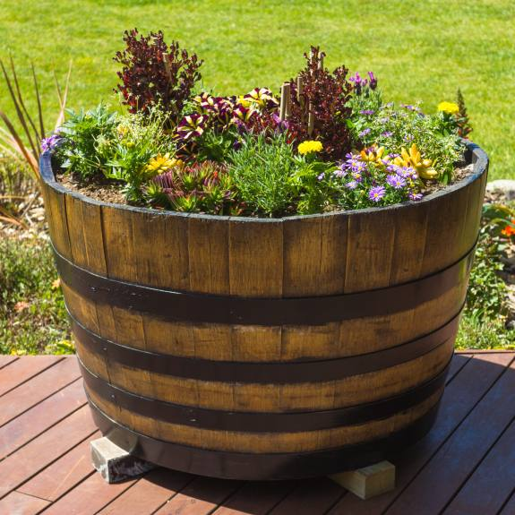 [Garden Ornaments] Half Wine Barrels