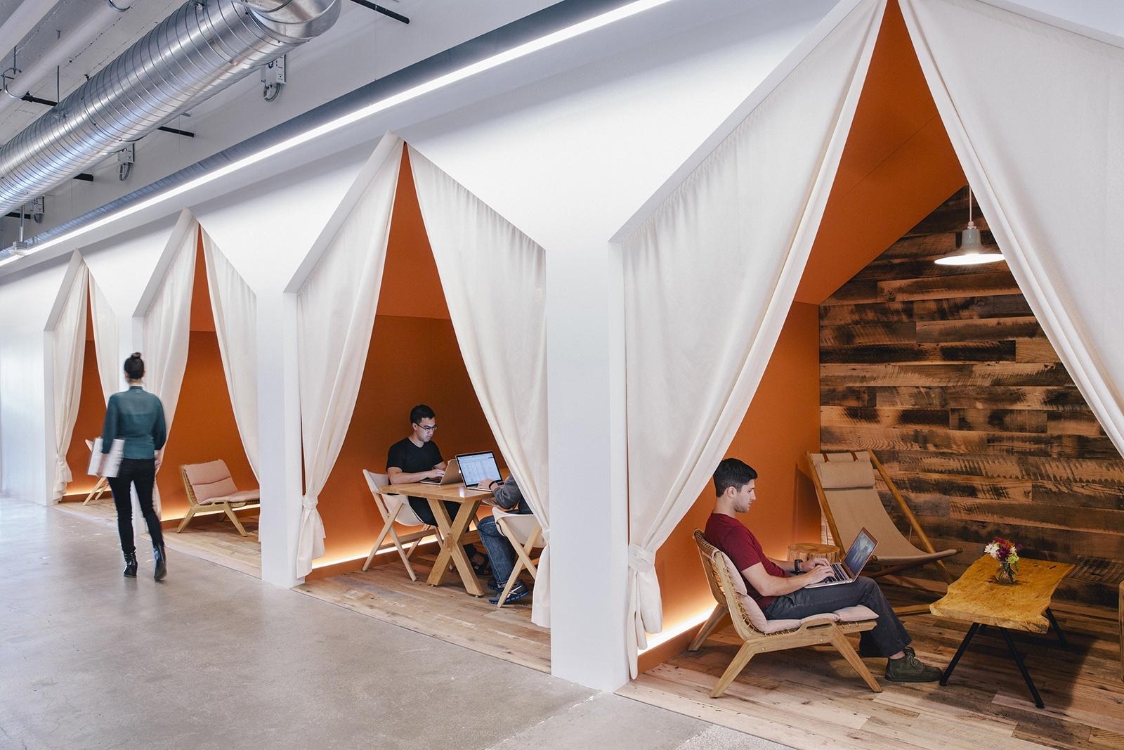 Cómo son las oficinas de Airbnb