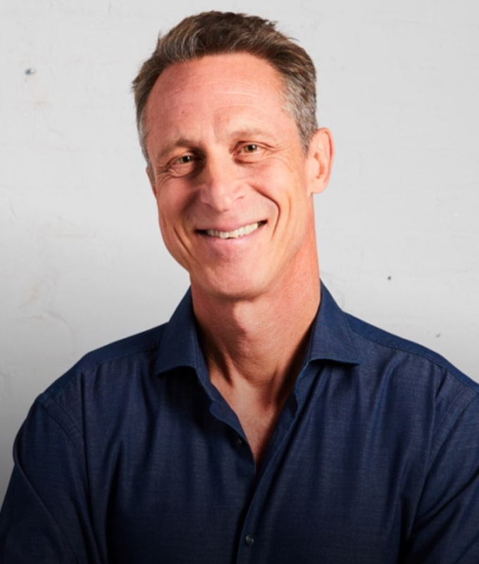 Image of Dr. Mark Hyman smiling.