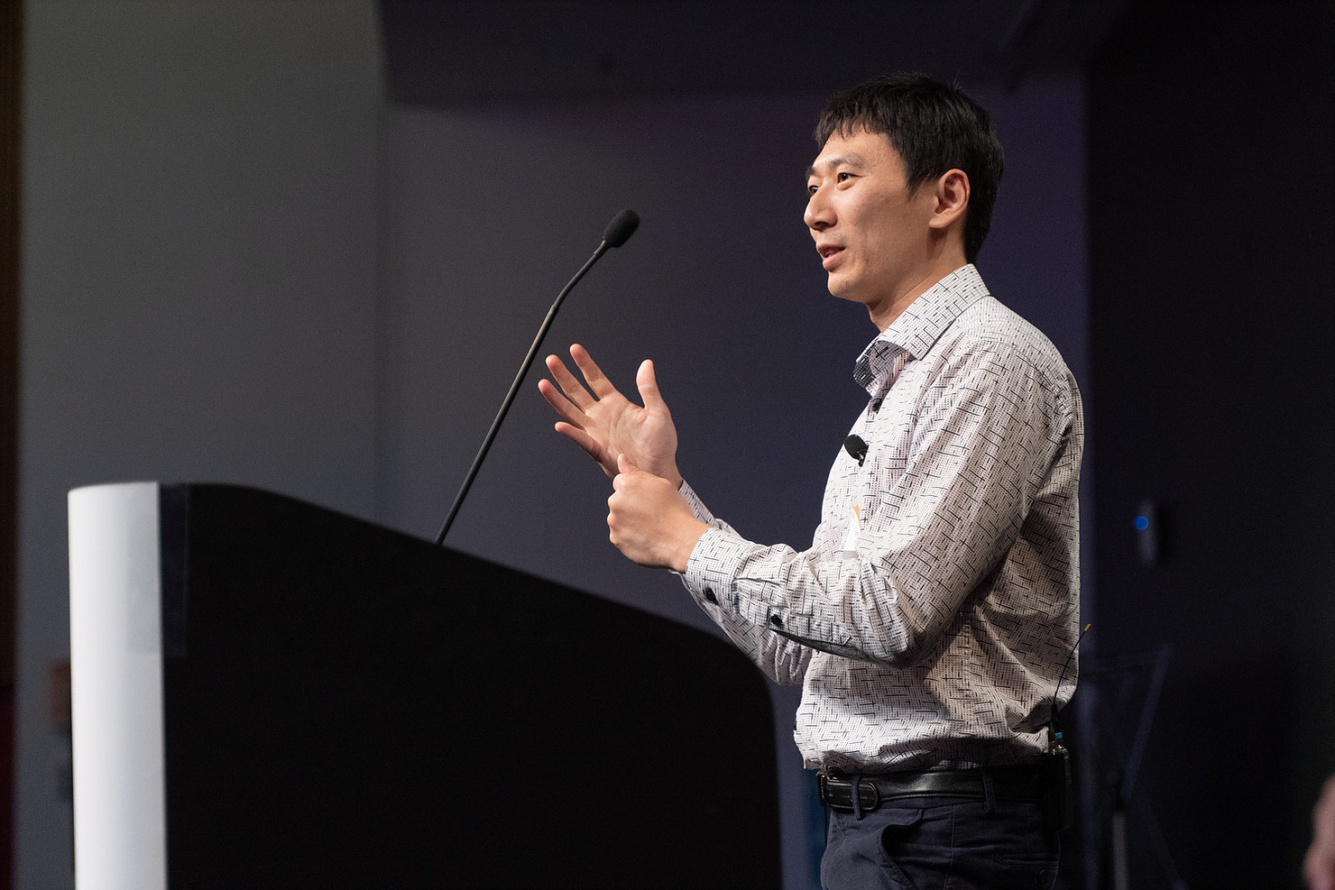 Tao Wang, Former Co-founder @ Drive.ai presented at Robin.ly AI Commercialization 2019