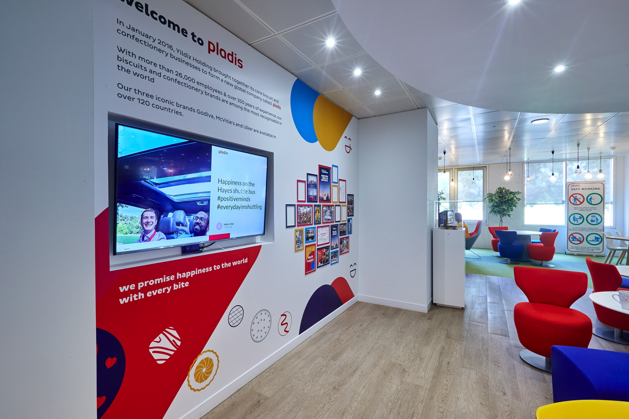 Five ways organizations can use digital signage to create informed and engaged workplace cultures