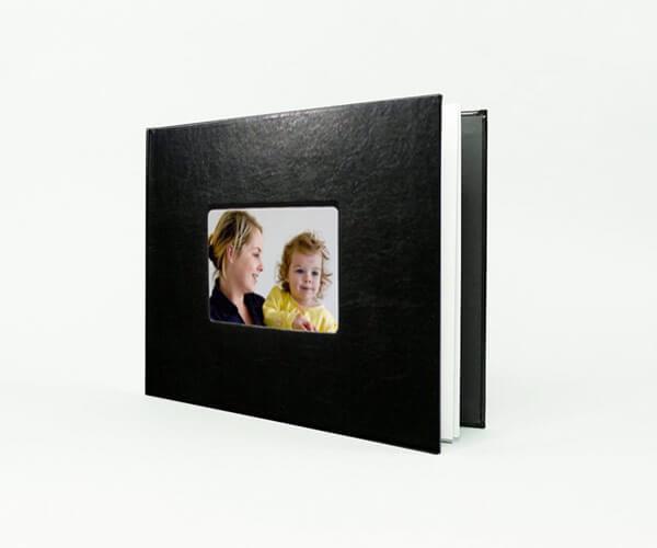 Livre photo à couverture en cuir
