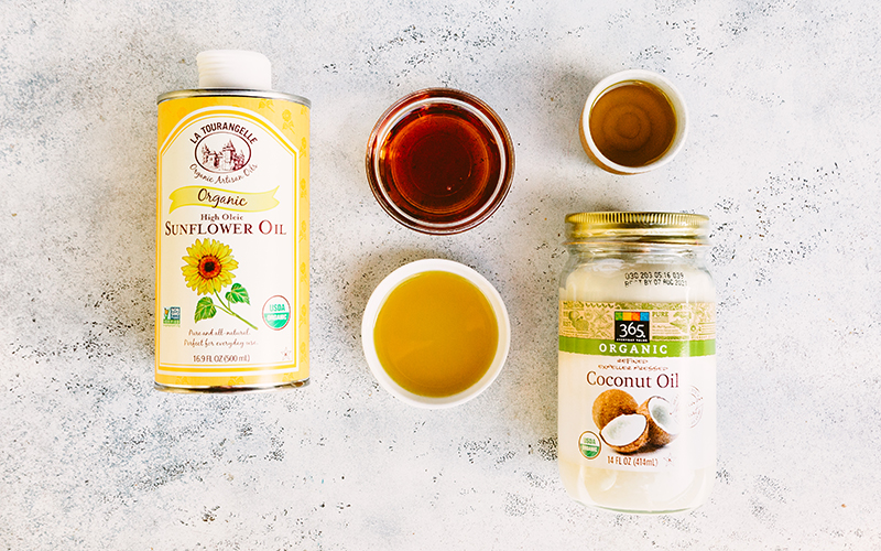 Because saturated fats help brain functioning, at Thistle, we use saturated fats from clean and natural sources like coconut and sunflower oil.