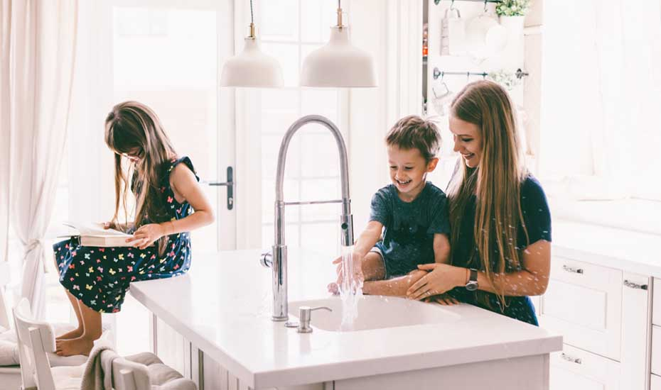 How long do under sink water filters last