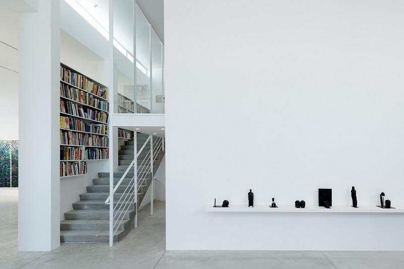 Ofer Lellouche, Atelier (2018) exhibition view