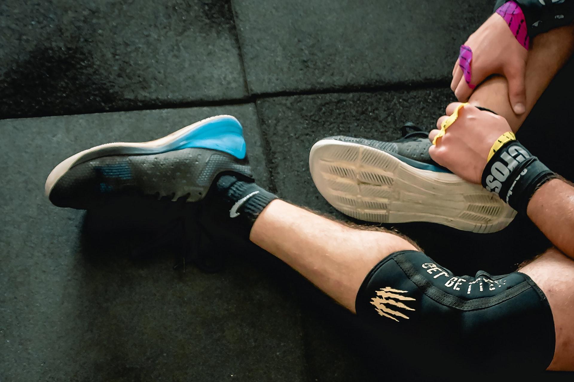 Radiating pain down lower leg