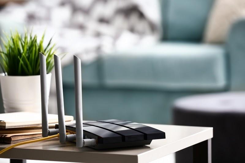 estación wifi de malla moderna en una casa inteligente