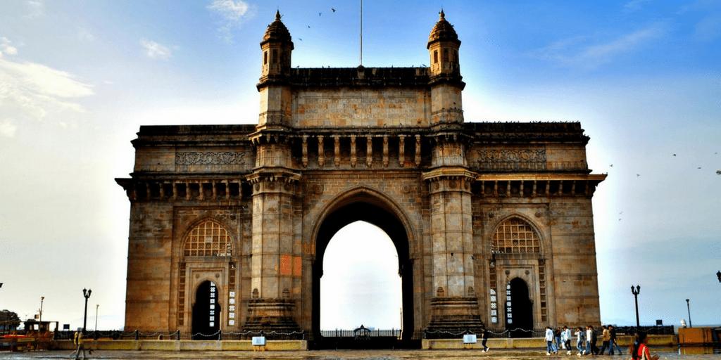 Places to Visit around Mumbai-Gateway of India