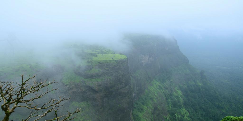 weekend getaways near Pune - Naneghat