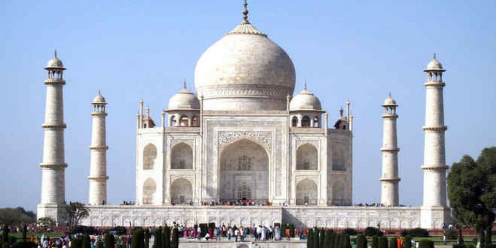 weekend getaways from Delhi Agra
