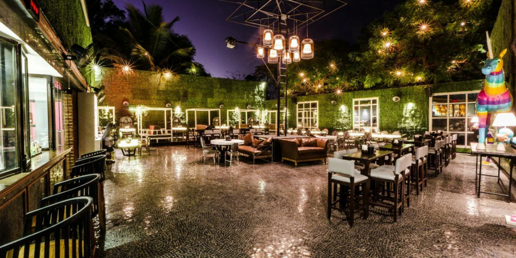 Mumba nightlife - A Bar Called LIFE