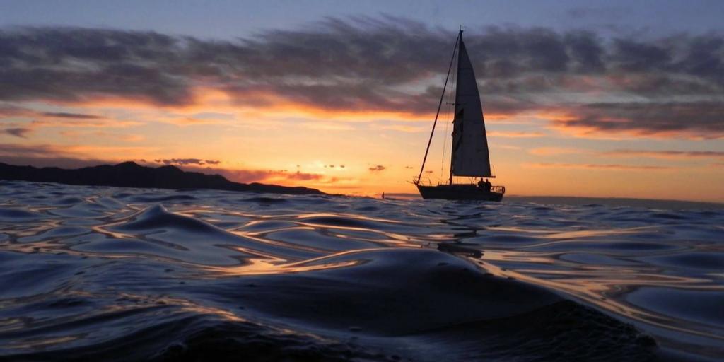 Mumbai Nightlife - Yacht Sailing