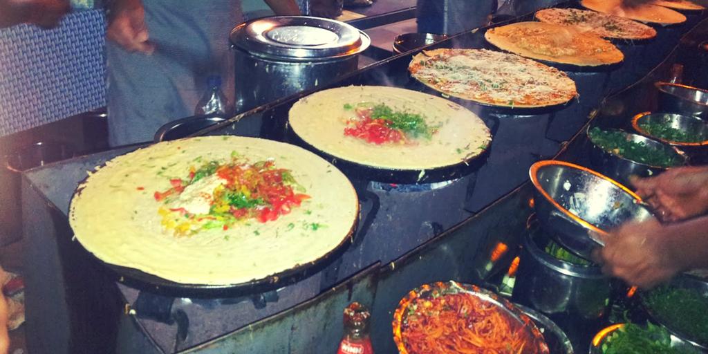 Mumbai Nightlife - Carter's Road Khau Galli