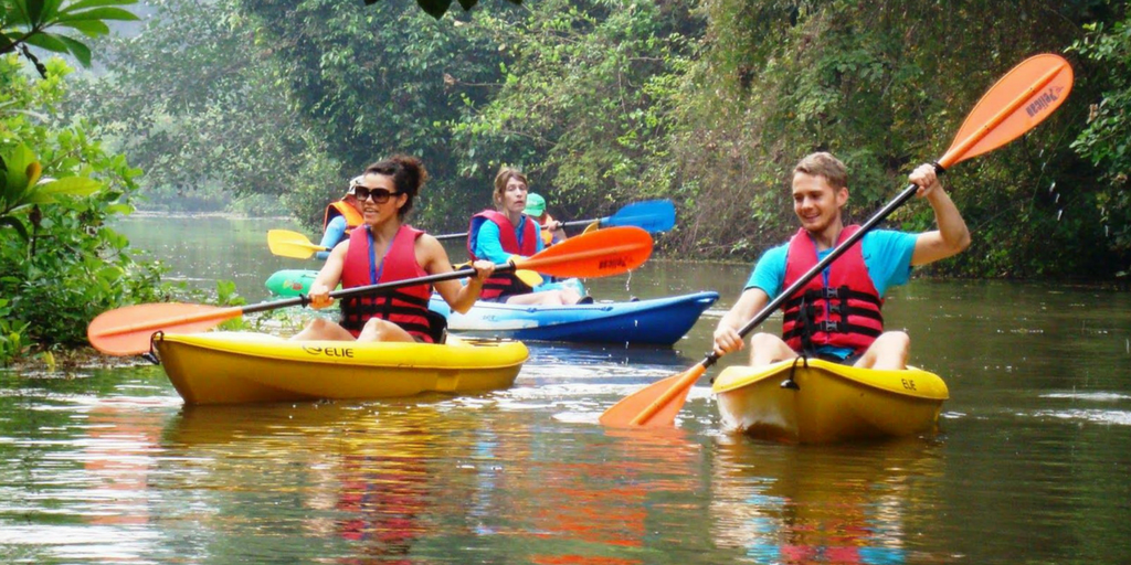 9 Best Water sports in Goa That You Must Give A Try-Kayaking