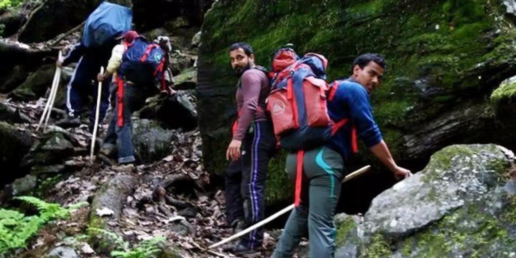 trekking in Goa - savari falls