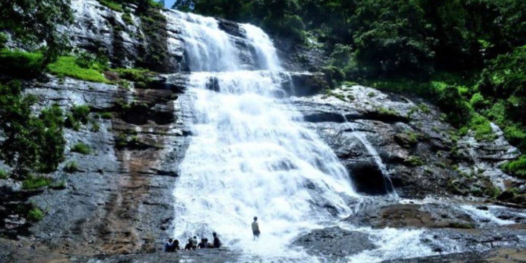 trekking in Goa - sada falls