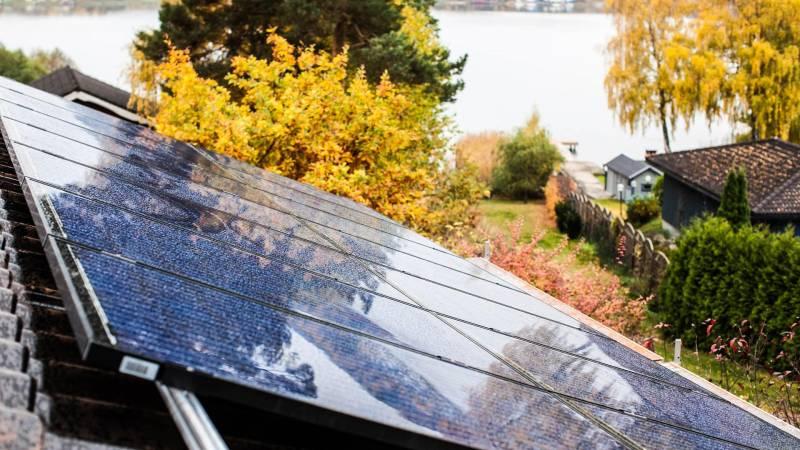 Solceller S-Class Vision 60 Black för elproduktion med marknadens bästa garantier