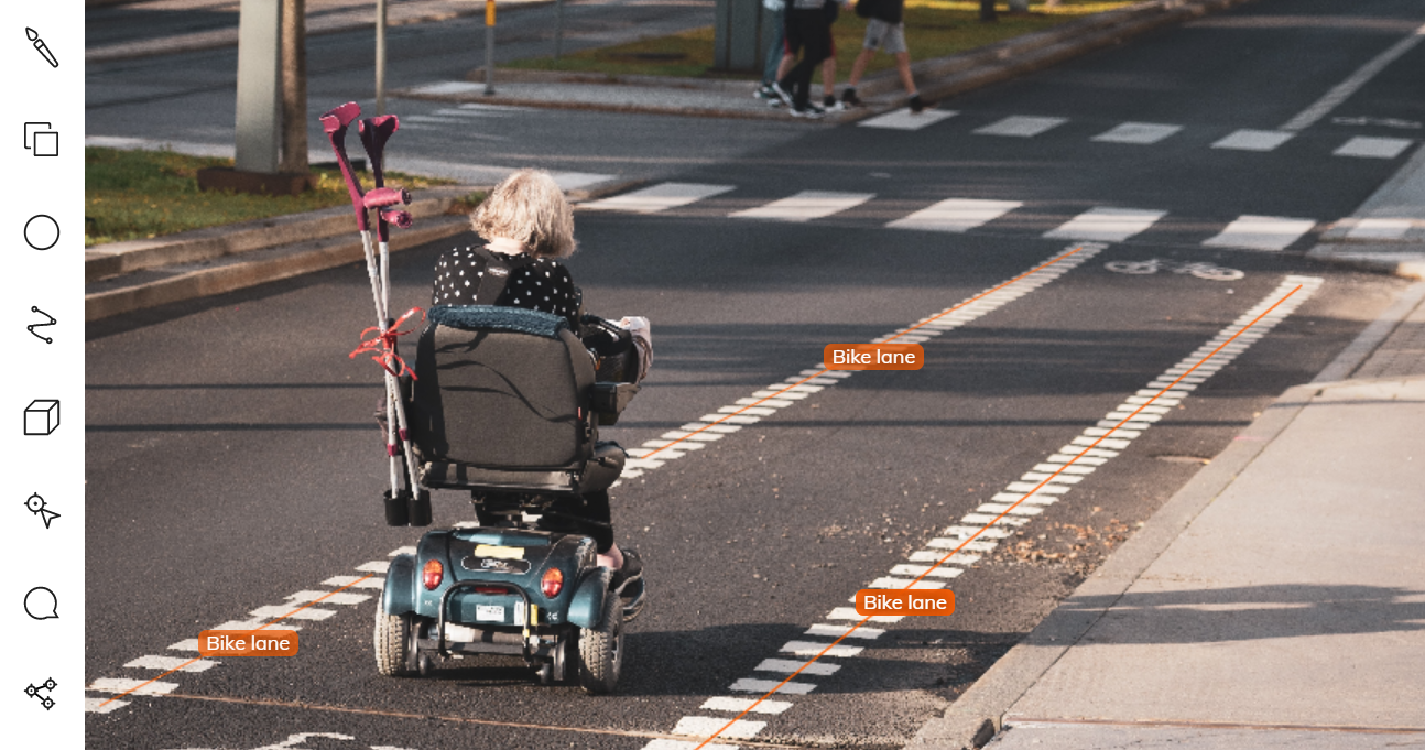 Bike lane annotation using polyline tool in V7