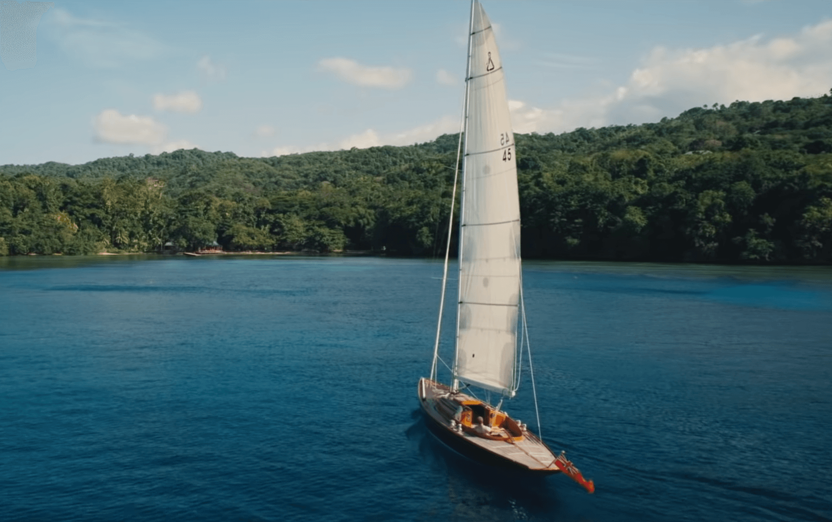 Sail boat in Jamaica on the ocean