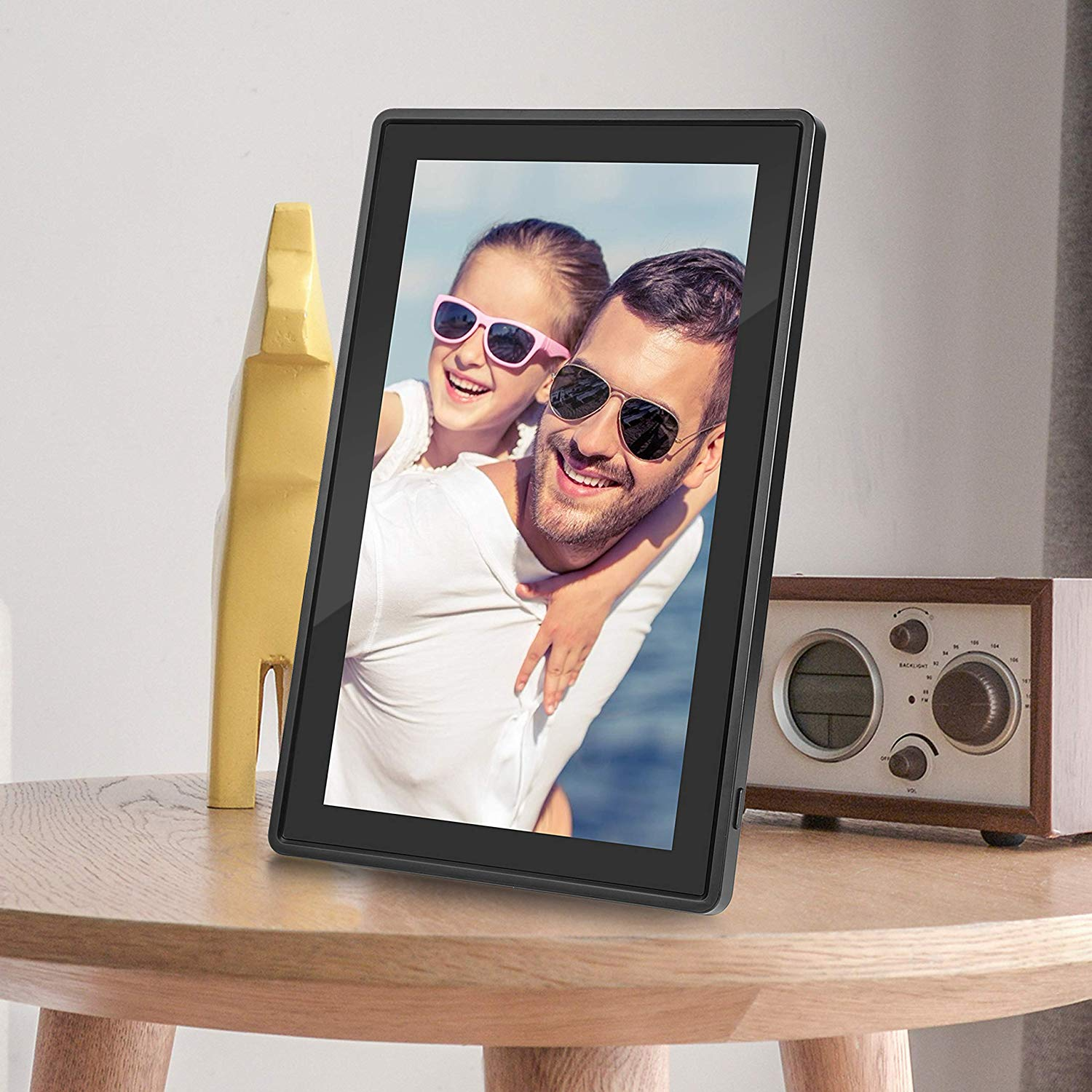 A digital picture frame is a great gift for college students.