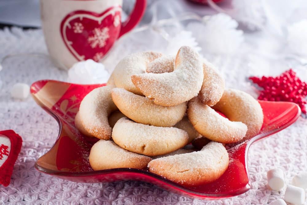 Almond Crescents Cookies