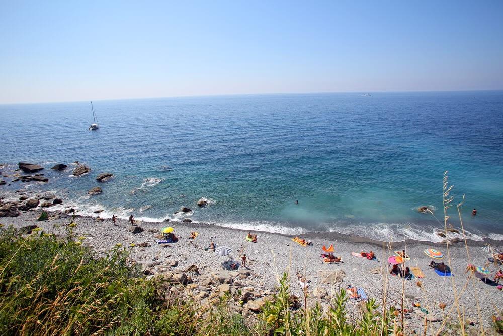 Spiaggia di Guvano, Vernazza, Italy