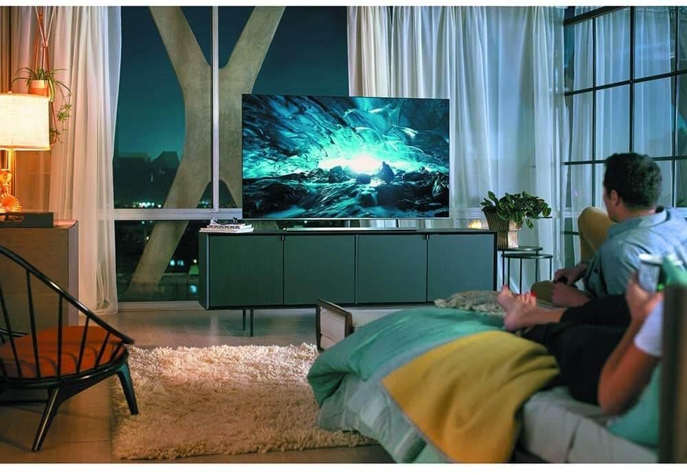 Samsung Flat 65-Inch 4K 8 Series UHD Smart TV