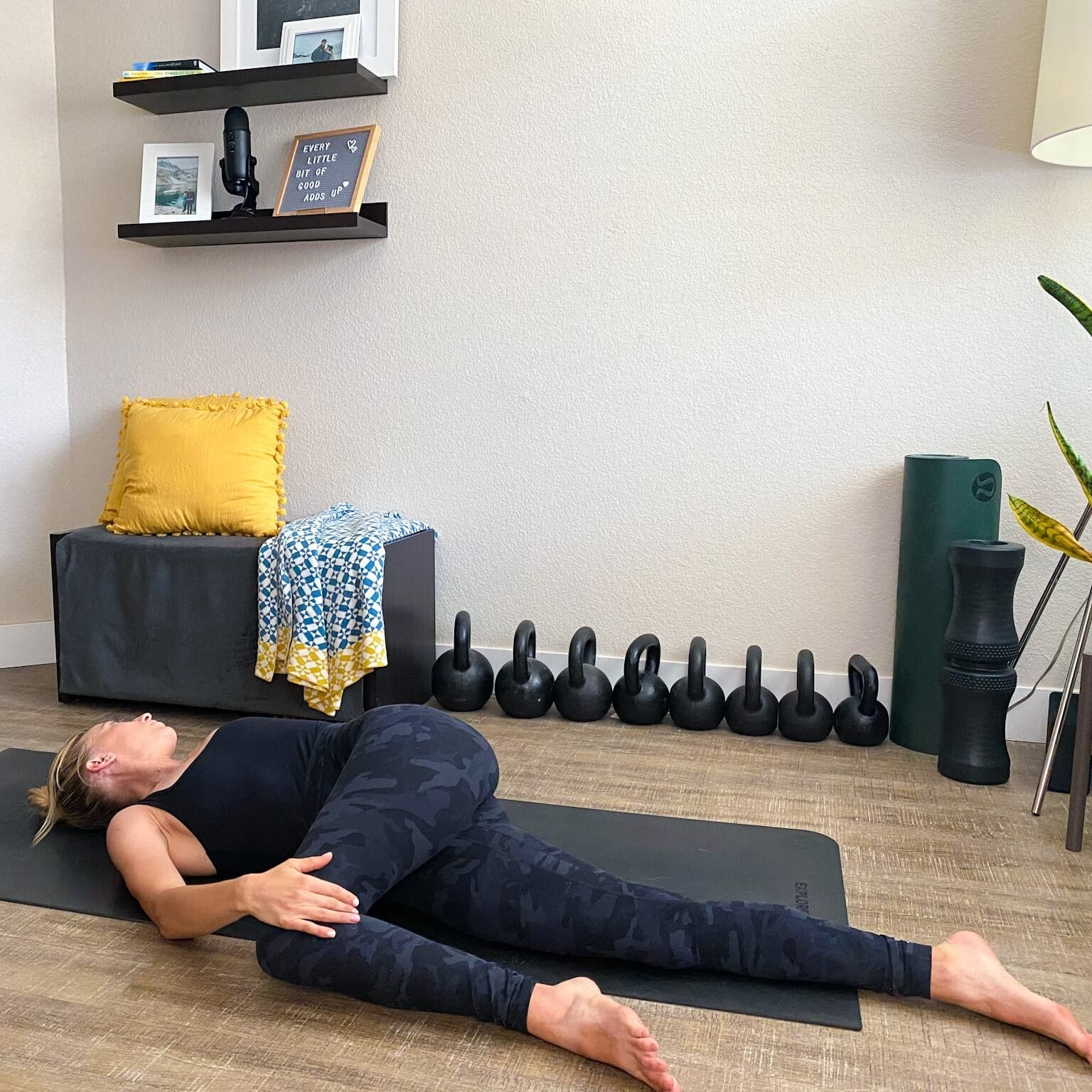 Spinal rotation on floor