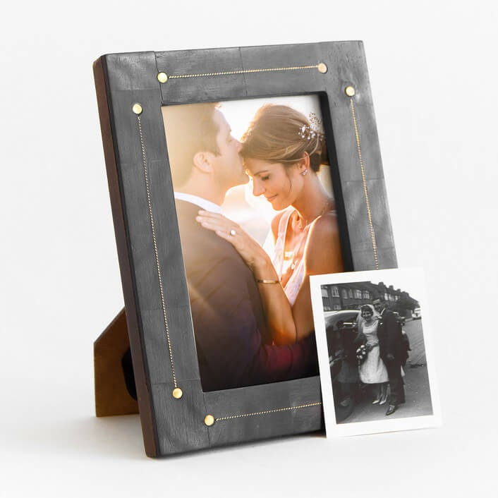 Minted picture frame