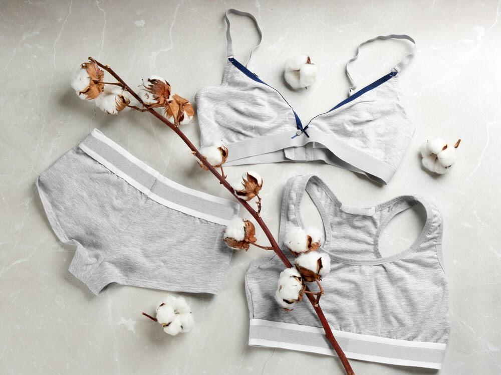 Cotton bra and panties
