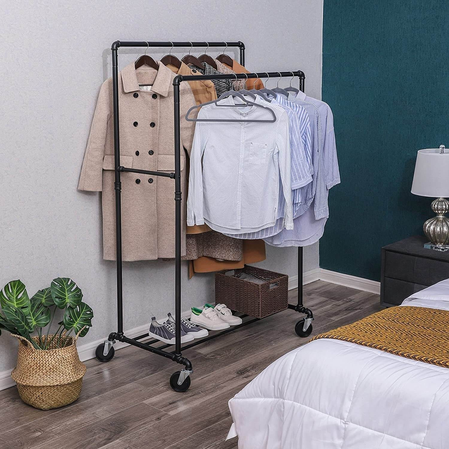 SONGMICS Industrial Pipe Clothes Rack Double Rail on Wheels