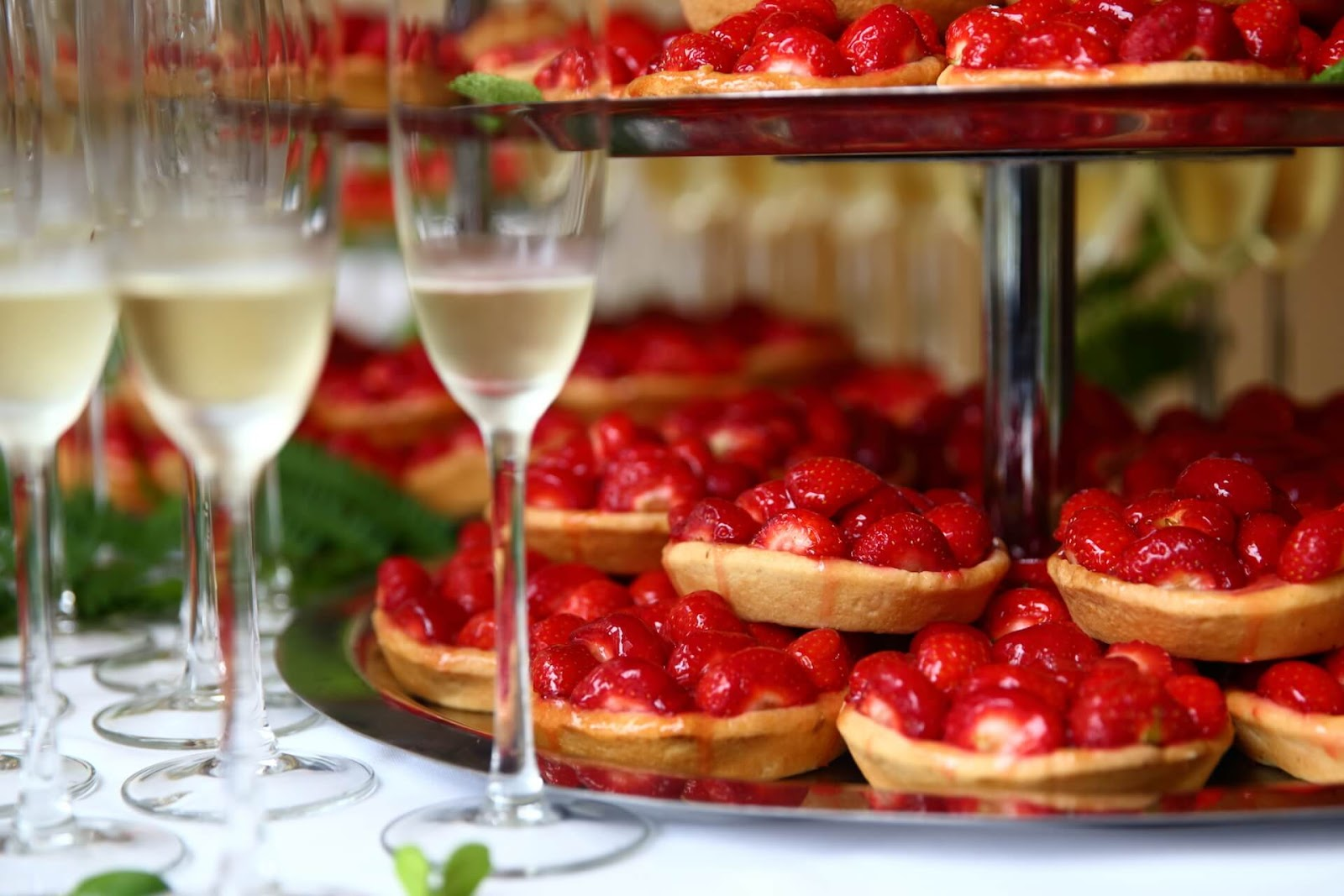 Champagne and mini strawberry pies