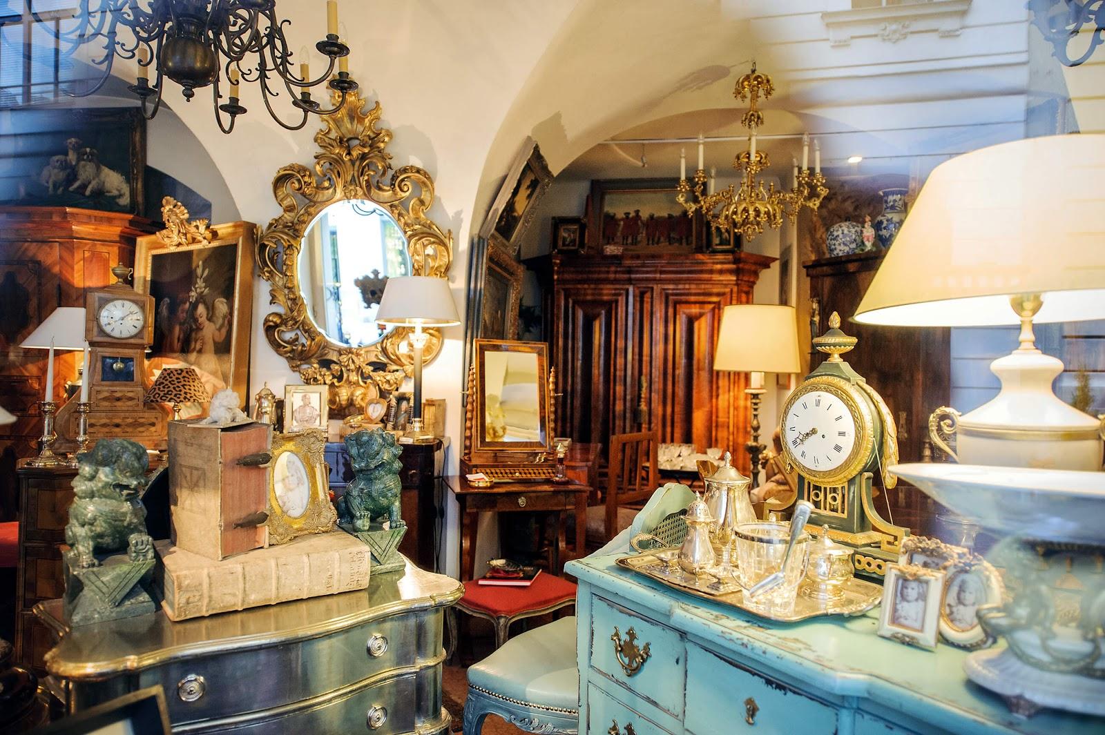 picture inside a vintage antique shop