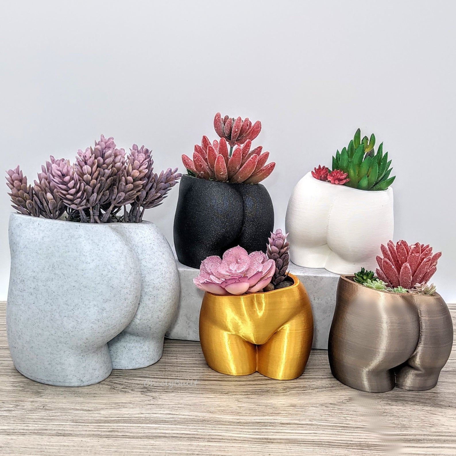 Booty planters