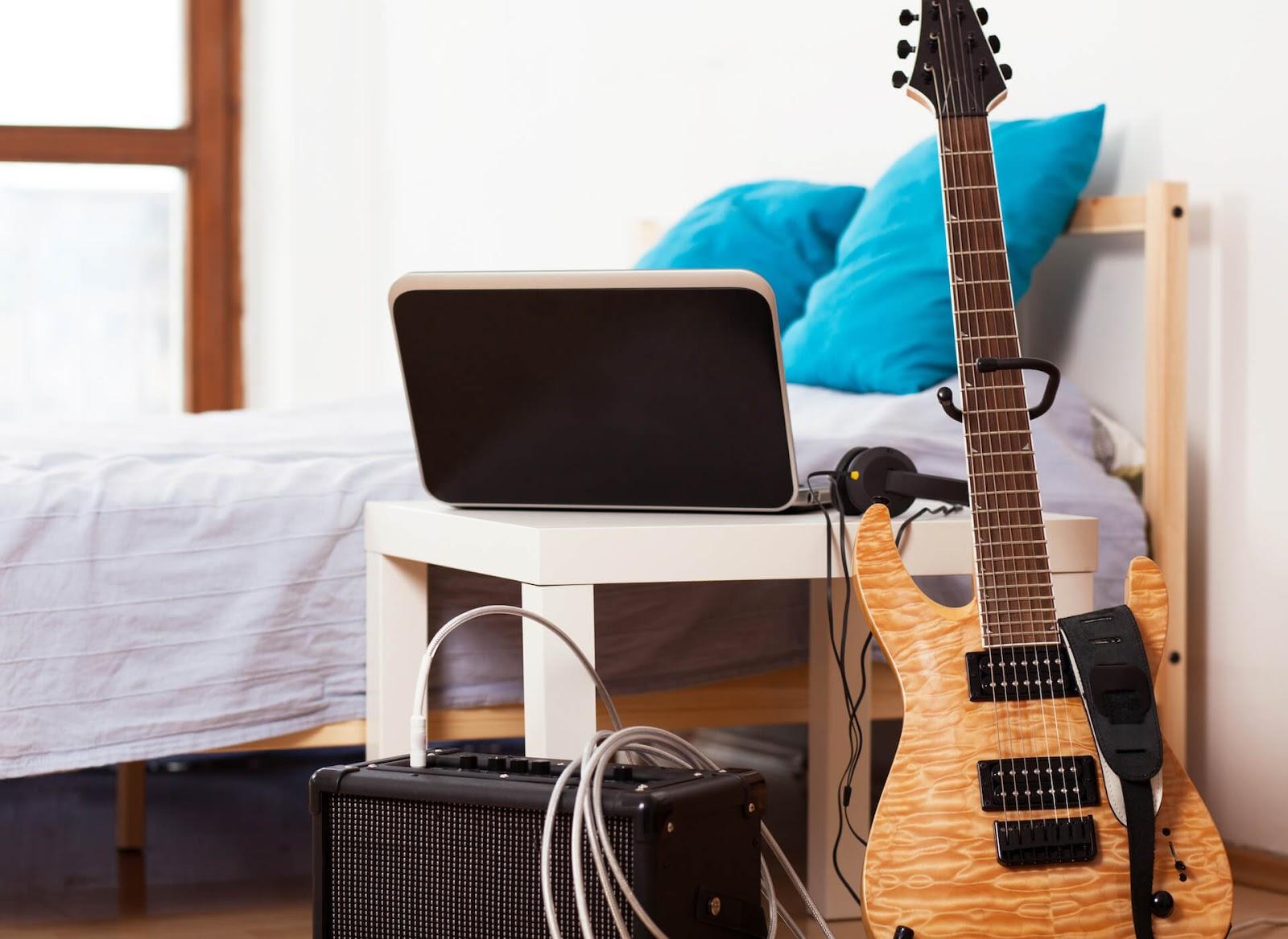 Electric guitar in bedroom