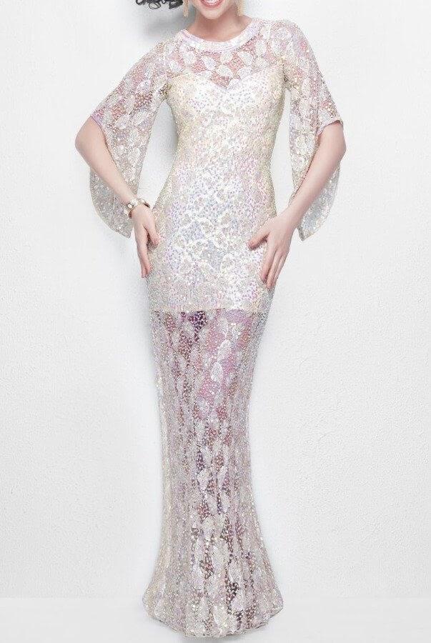 Woman in Primavera Couture dress