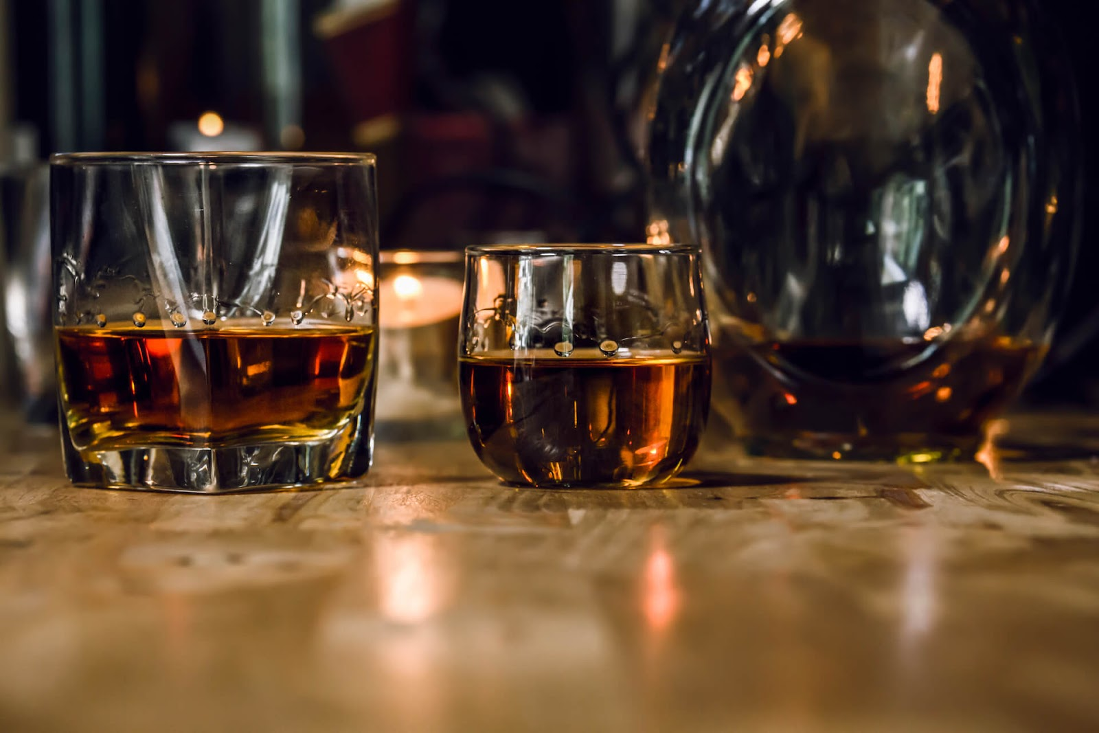 Close up of glasses of whiskey