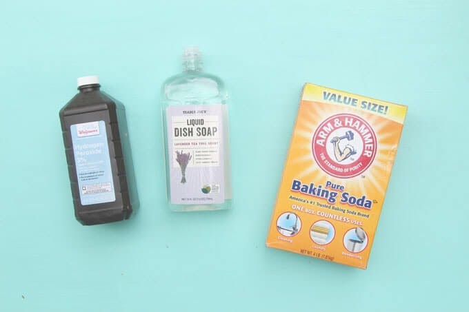 Hydrogen Peroxide, Dish soap and baking soda