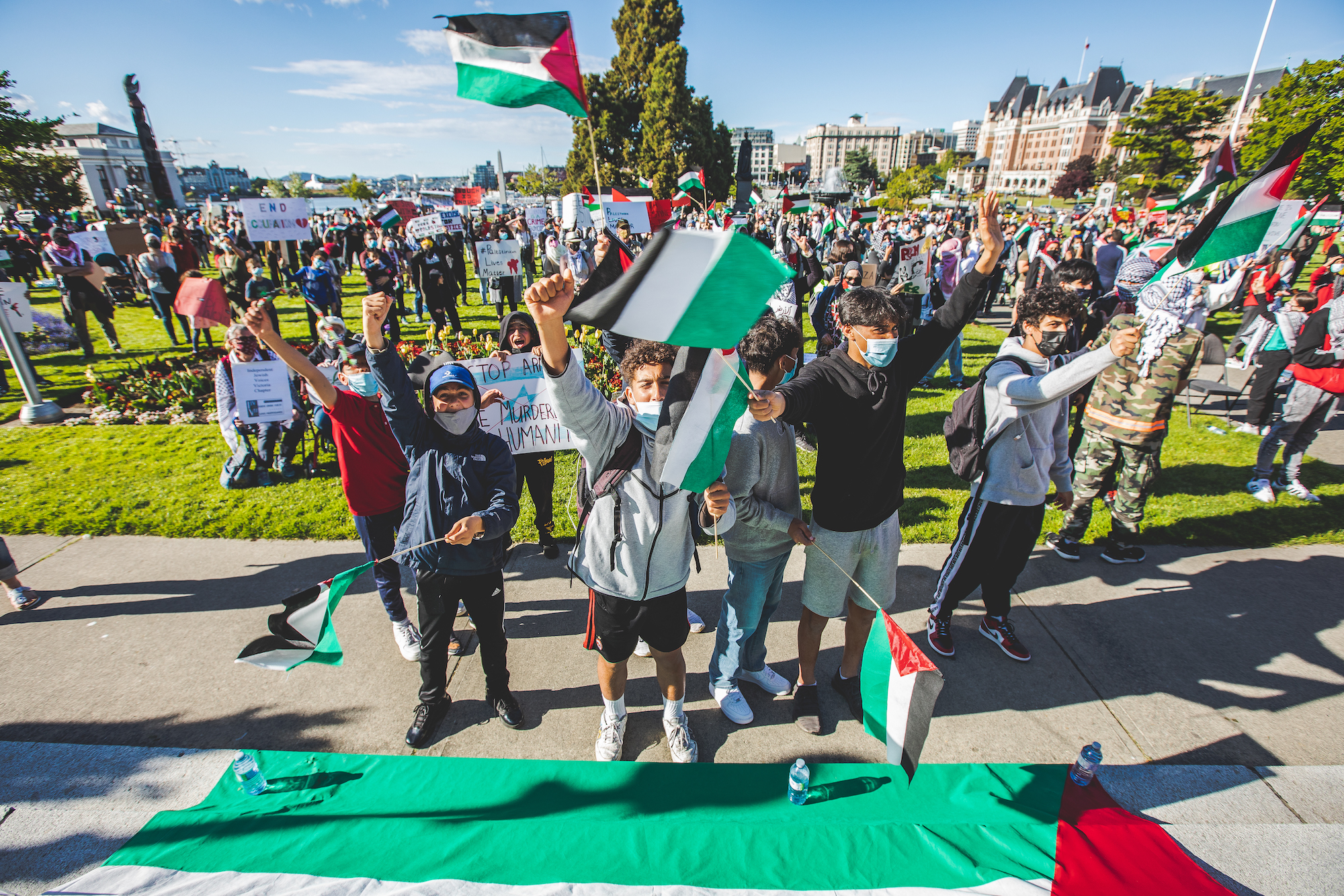 Palestinians in Victoria find comfort in numbers