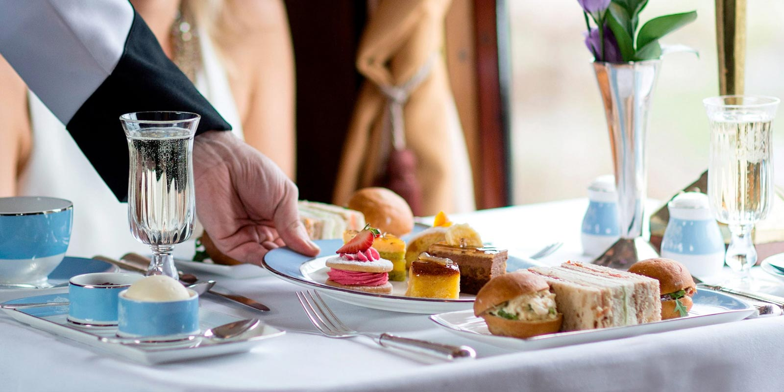 Belmond British Pullman Afternoon Tea