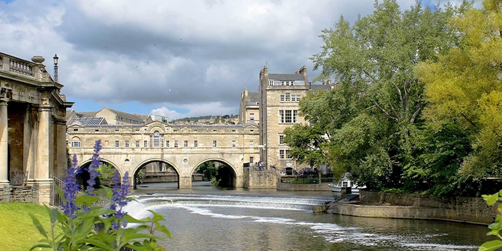 Visit Bath by luxury train on the Northern Belle