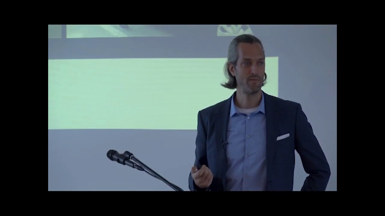 Self-Driving Cars & Online Stores | Nico Larco | Skipulagsstofnun National Planning Agency
