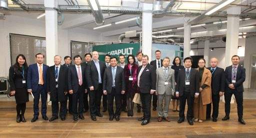 Minister Dzung and the delegations 2