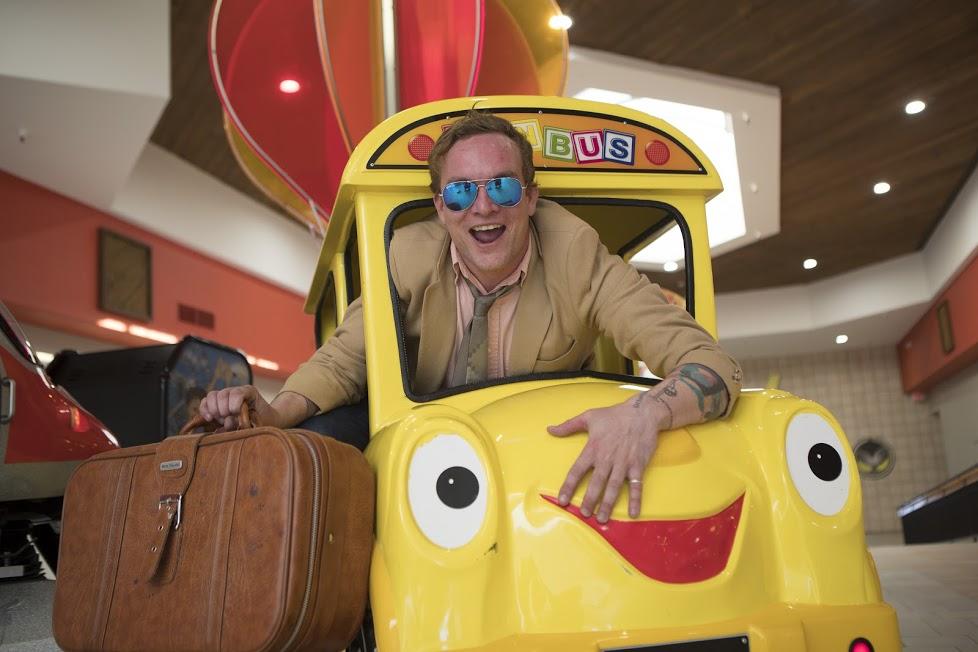 Mikey-Rae-Schoolbus