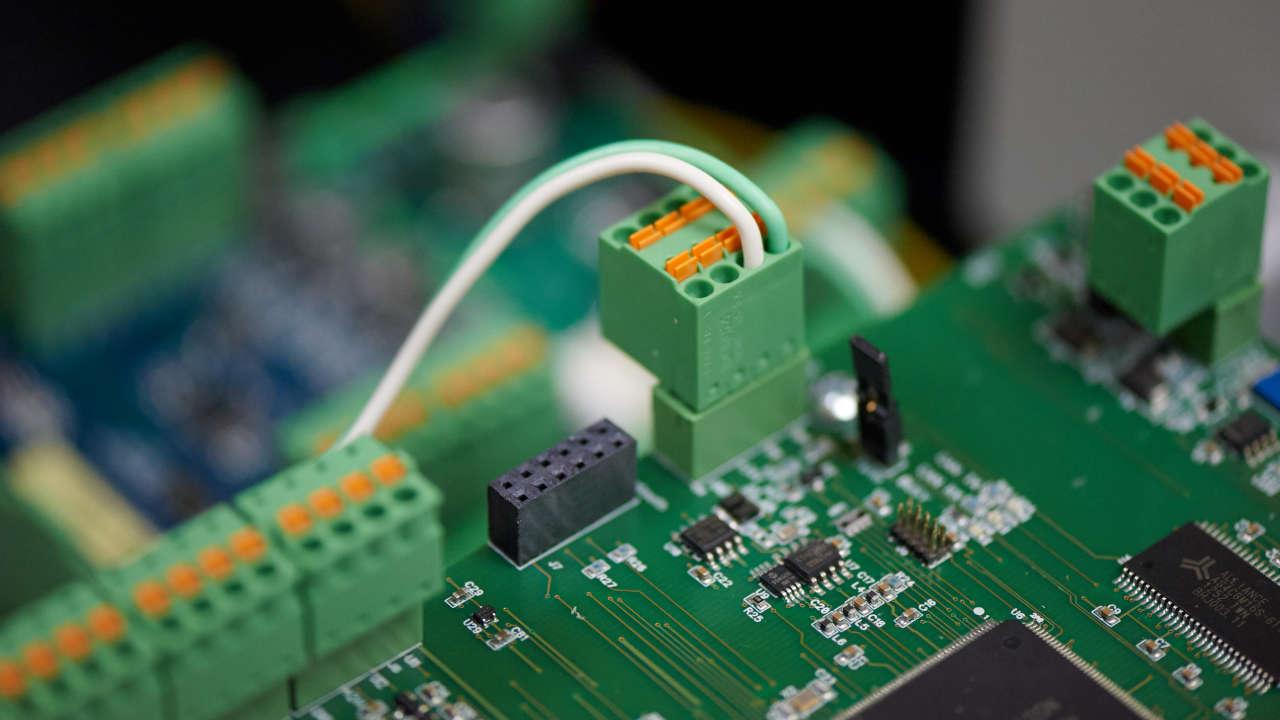 close up on lighting circuitry