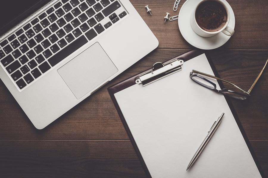brainstorming business blog content