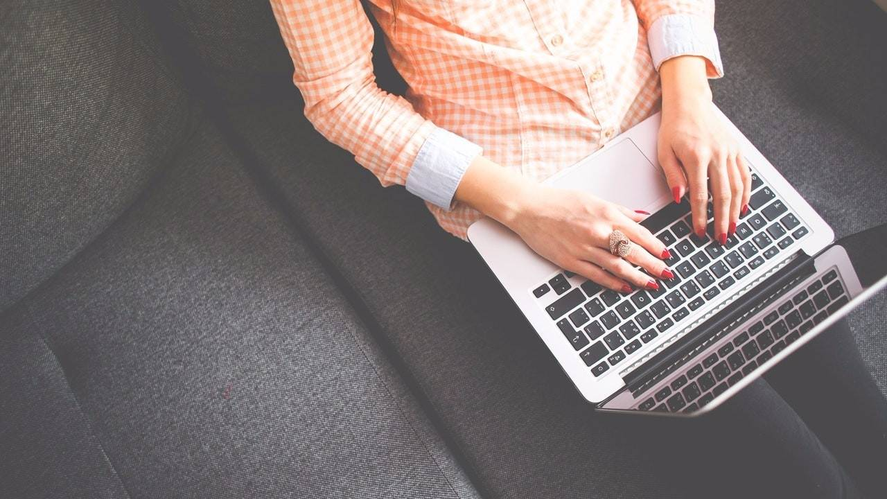 15 Tips On How To Write A Welcome Blog Post: A Step-by-Step Guide