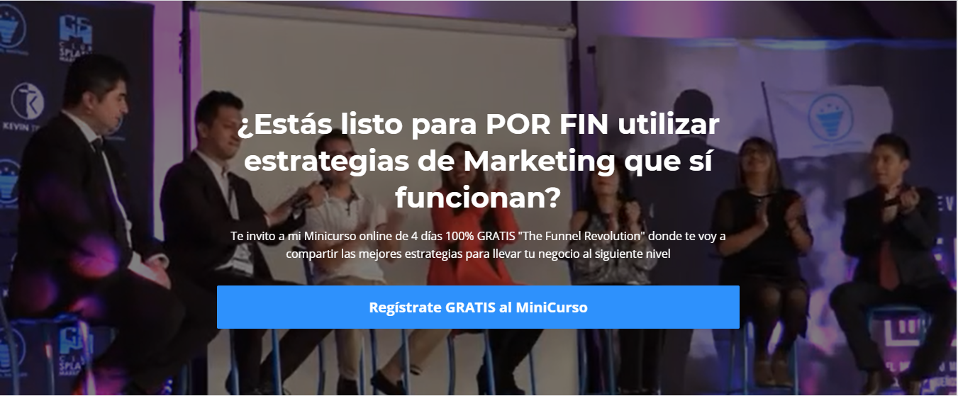 Screenshot of Kevin Trejo's website; in Spanish the copy asks if the visitor is ready to use marketing strategies. There is a photo of a discussion panel on a stage.